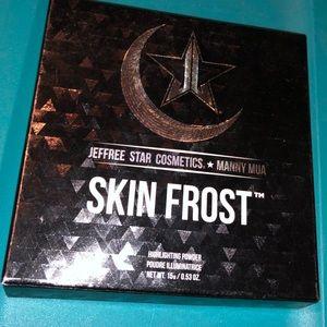 Jeffrey Star X Manny skin frost